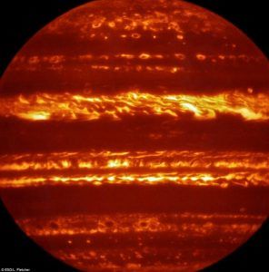35B983E300000578-0-Jupiter_on_fire_In_preparation_for_the_imminent_arrival_of_NASA_-a-7_1467043859327