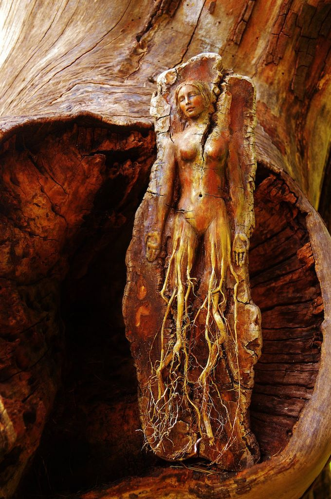 Exquisite spirit sculptures from hand carved driftwood