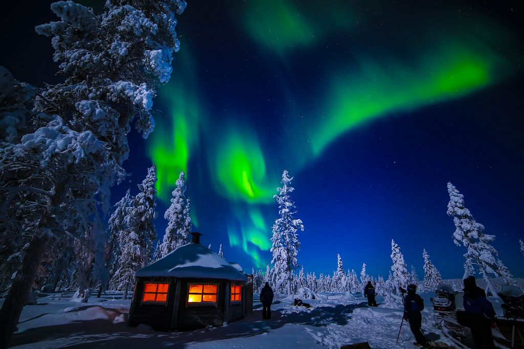 On The Hunt For Northern Lights Look4ward