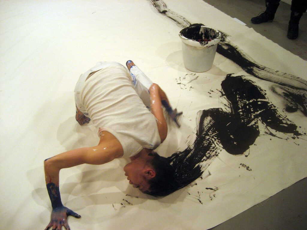10 Most Bizarre Painters and their Weird Techniques