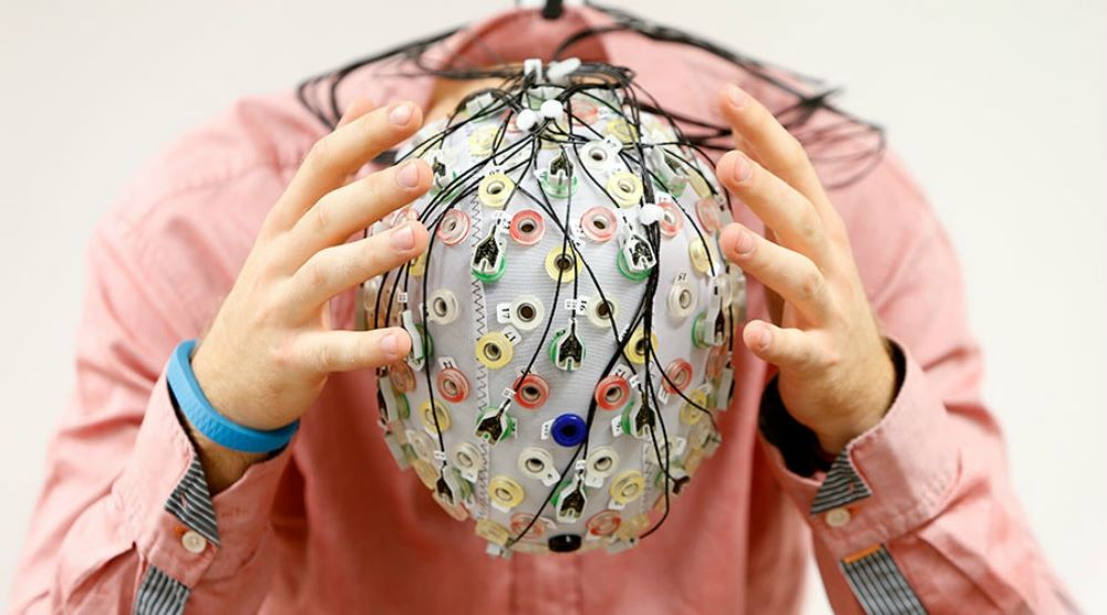 Hackers MayTarget Brain Signals To Access Your Passwords – Study Reveals