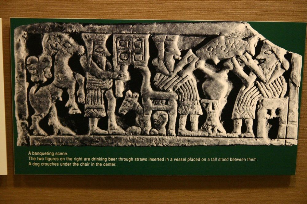 the sumerians The sumerians achieved complete independence from the gutians when utuhegal, king of erech (reigned about 2120-2112 bc), won a decisive victory later celebrated in sumerian literature one of utuhegal's generals, ur-nammu (r 2113-2095 bc), founded the 3rd dynasty of ur.