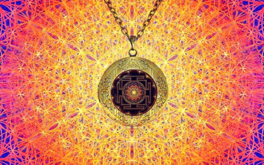 Ancient Symbol Of Sri Yantra: Meaning and Benefits