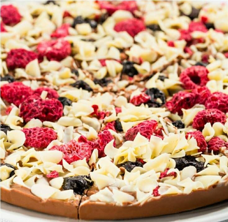 gourment-chocolate-pizza-4-1