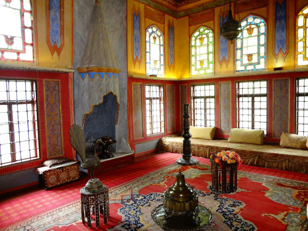backchysarai-palace-interior-2