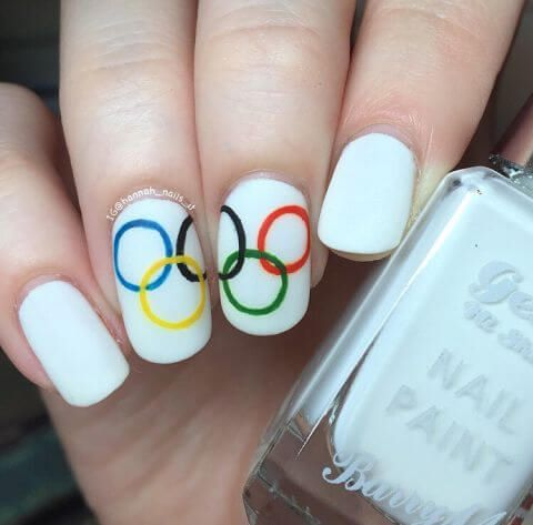 1471290587-elle-olympic-nails-hannah