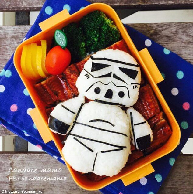 374123EB00000578-3743447-This_Star_Wars_Stormtrooper_made_from_rice_looks_almost_ready_fo-m-35_1471362544514