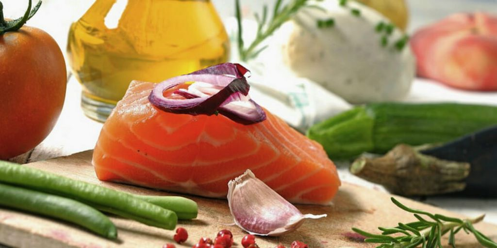 Mediterranean-Diet-Cuts-Heart-Disease-Risk-in-Half (1)