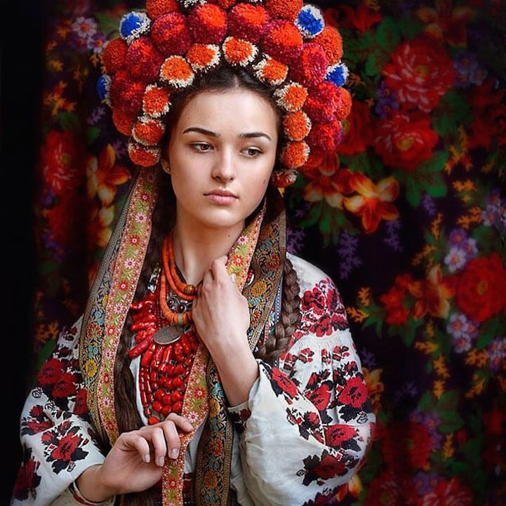 UkrainianHeaddress16
