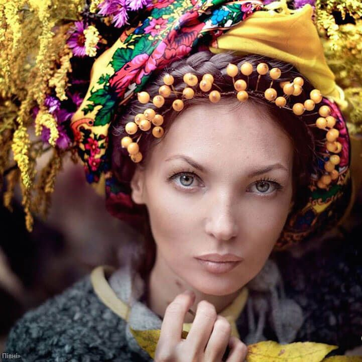 UkrainianHeaddress18