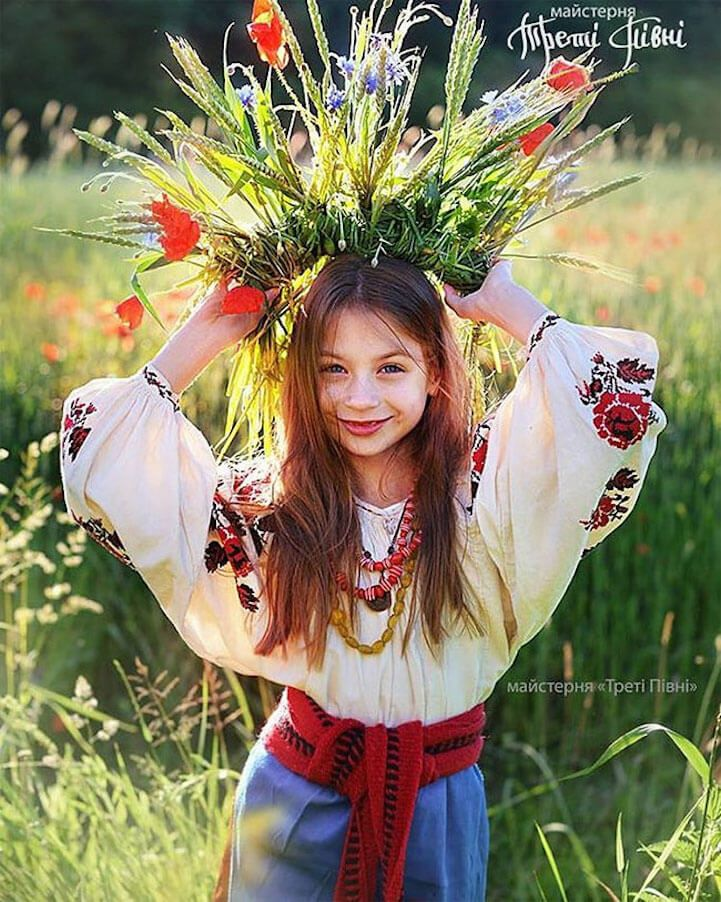 UkrainianHeaddress7