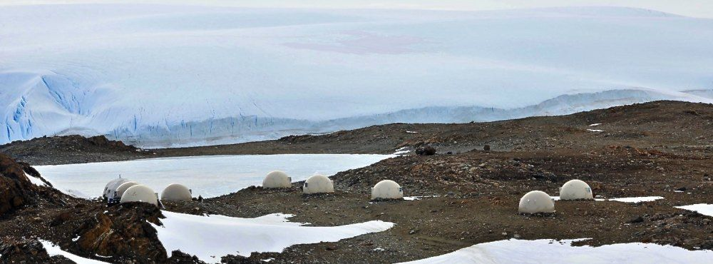 Whichaway-Camp-Antarctica-e1442481287408-1000x370 (1)