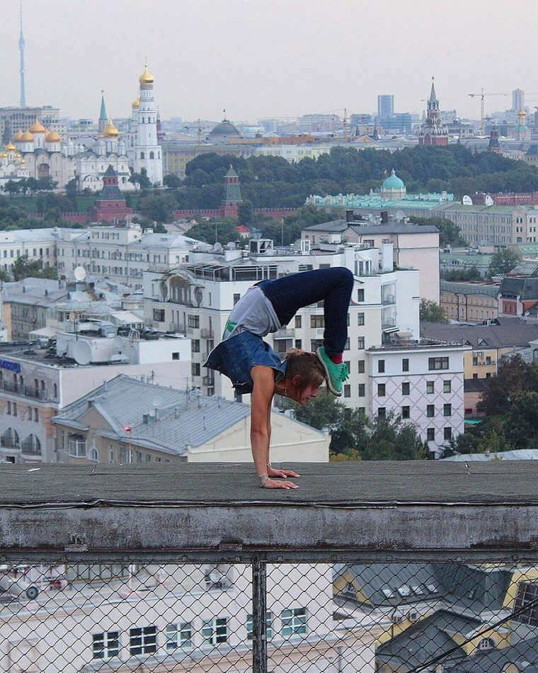 angela-nikolau-rooftopper-10