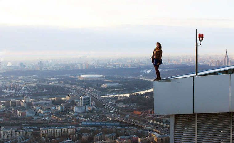angela-nikolau-rooftopper-16