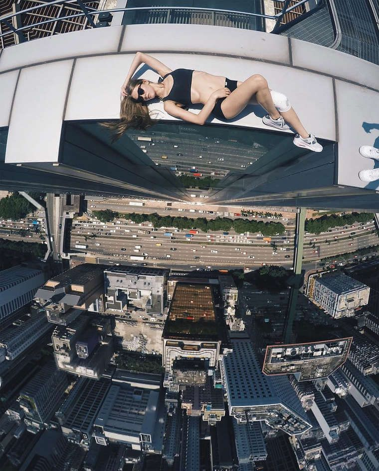 angela-nikolau-rooftopper-3