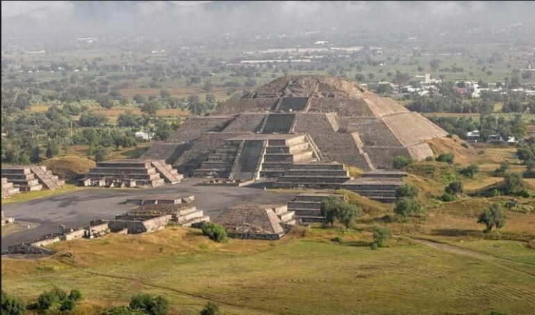 craters-discovered-moon-pyramid-teotihuacan-mexico_3