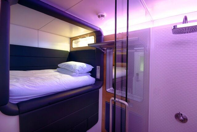 image-6-yotel-standard-cabin-airports