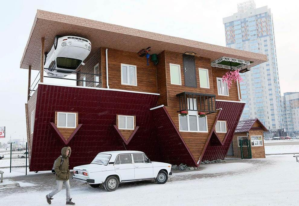 picture_tcp_upside_down_house_in_russia__tcp_blog_large