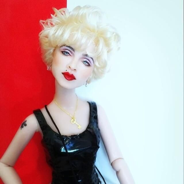 Incredible-Hyperrealistic-Dolls-Are-Pure-Celebrity's-Copies9