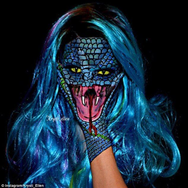 380a4d7e00000578-3778990-reptilian_the_talented_artist_creatively_uses_her_hands_to_compl-a-38_1473298789027