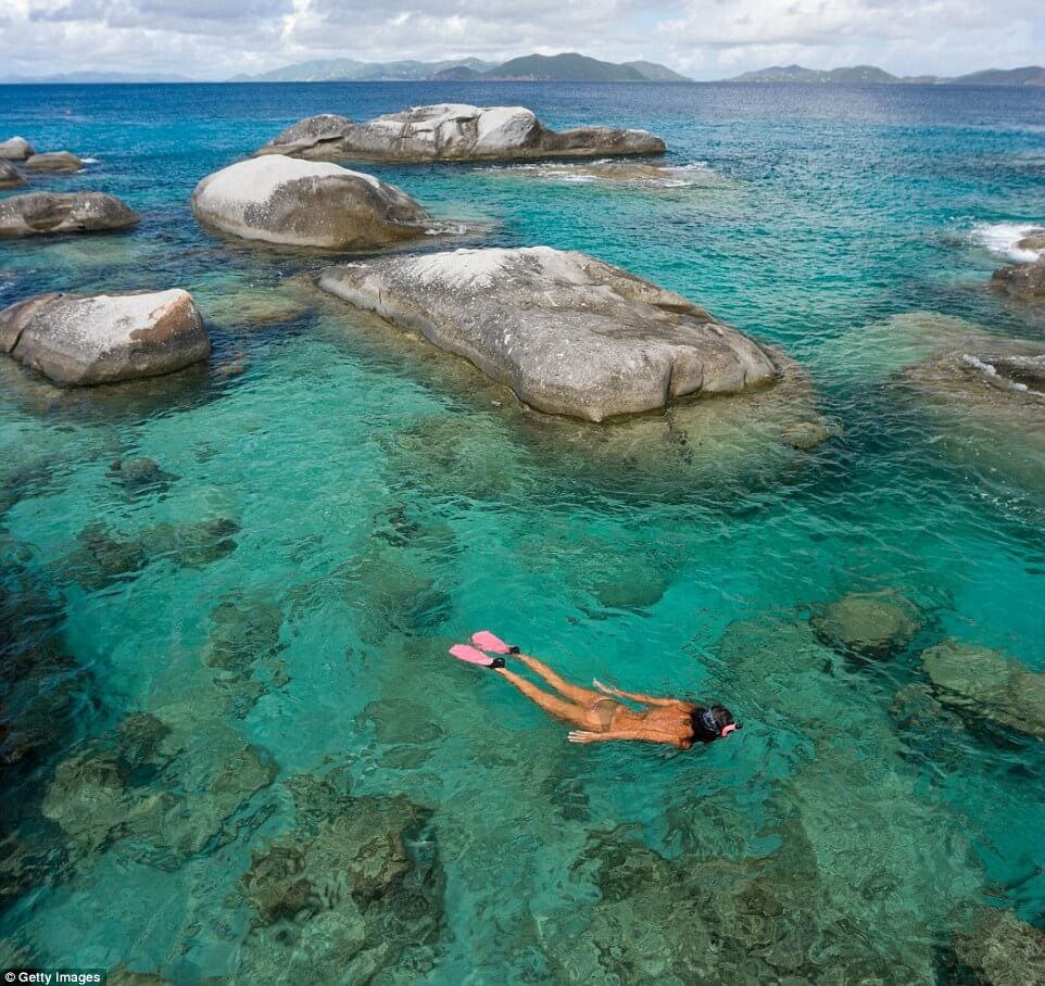 Take-A Step-Into-The-Clearest-Waters-ever11