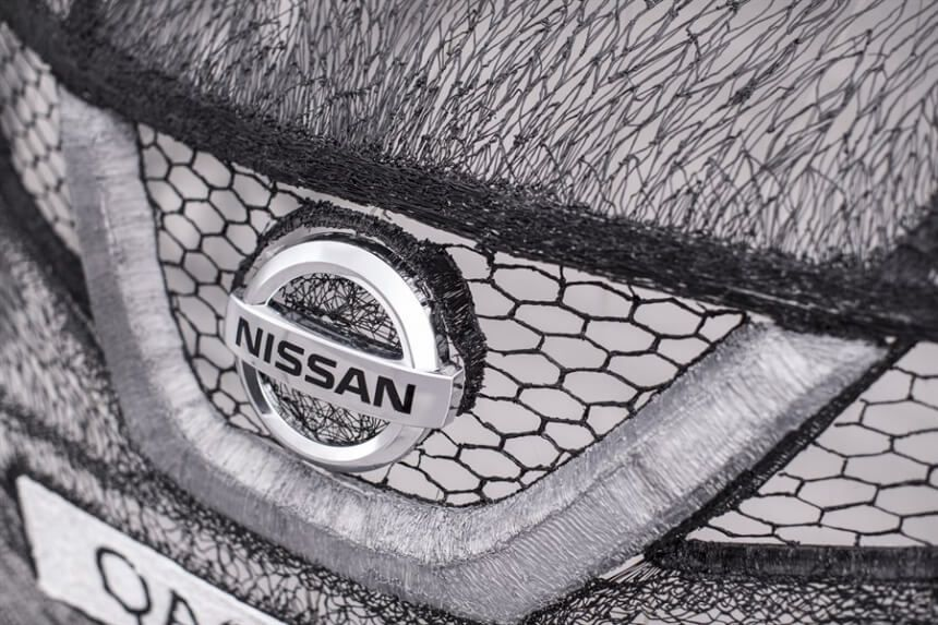 Students-Managed-To-Create A-Colossal-3D-Pen-Sculpture-Of Nissan-Car9