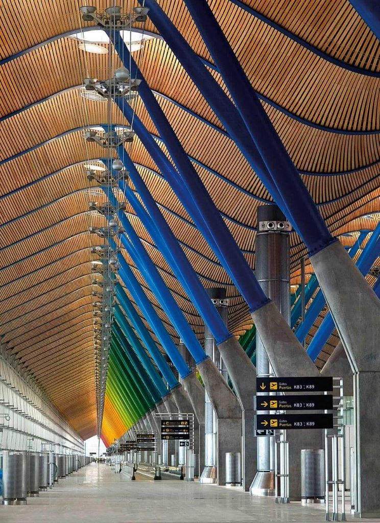 The-World's-Most-Beautiful-Airport-Terminals7