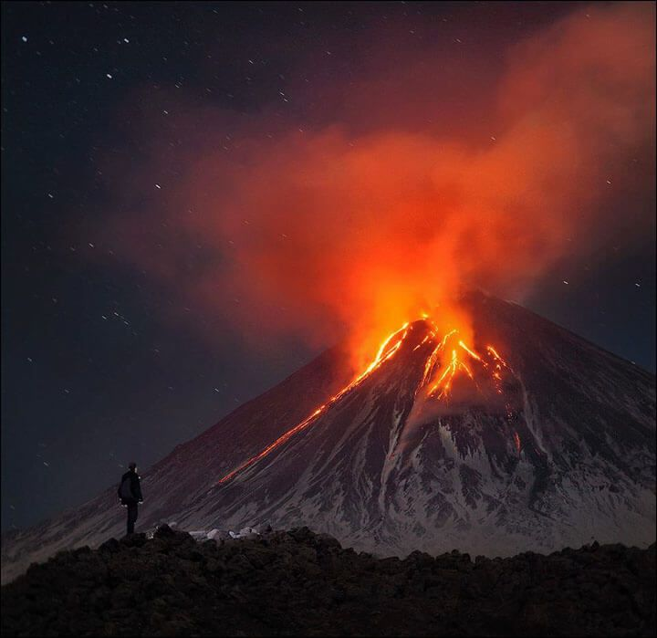 kamchatka-volcano-eruption