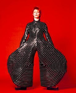 david-bowie-iconic-costumes-6