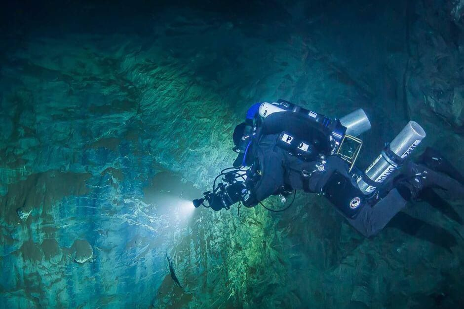 deepest underwater cave