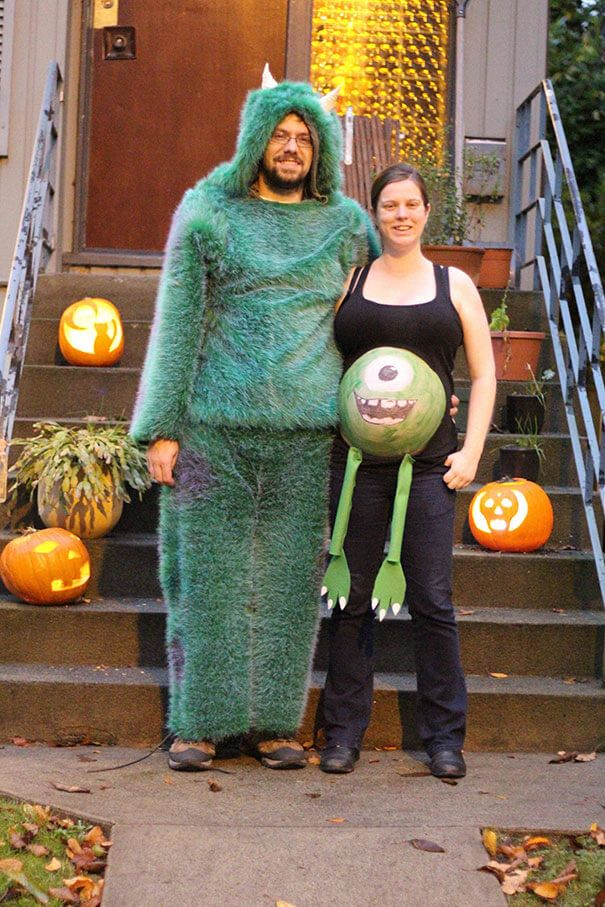 pregnancy-halloween-costume-12