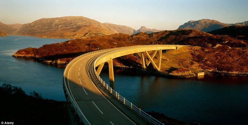scenic-roads-around-the-world12
