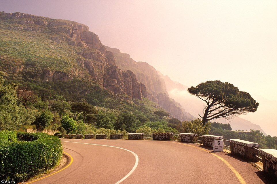 scenic-roads-around-the-world21