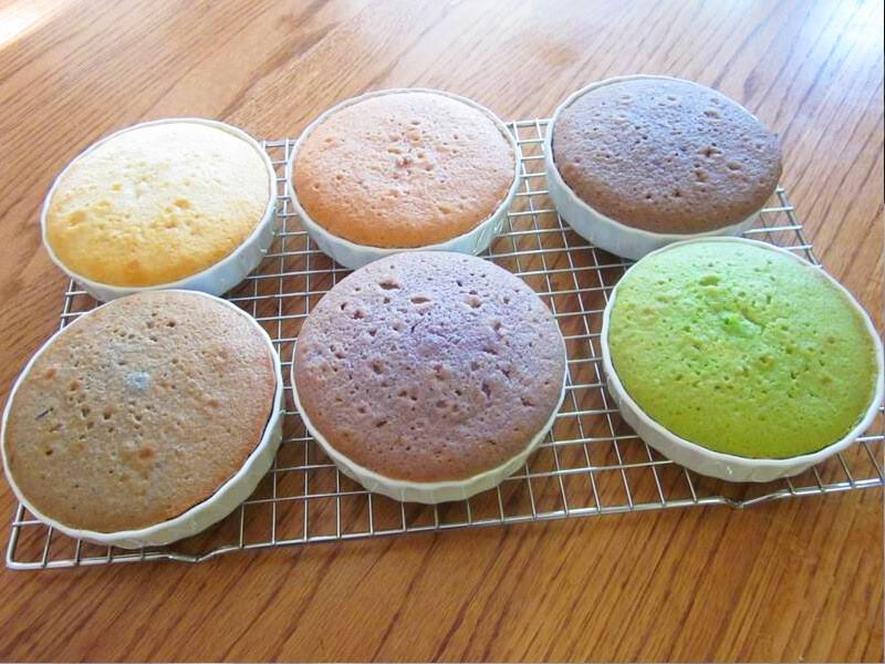 naturally-colored-cake