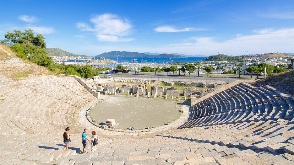 ancient-amphitheatre-in-bodrum-turkey