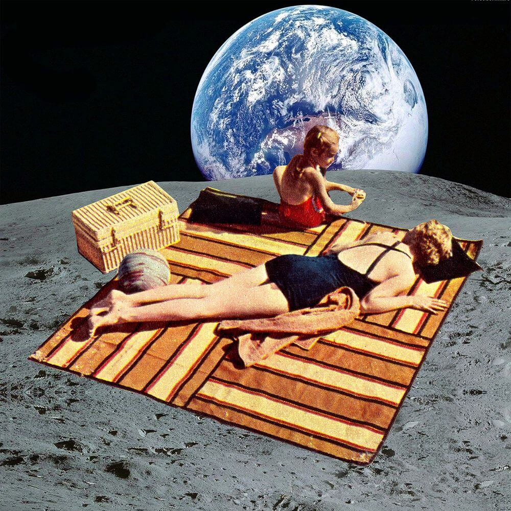 Fly Me To The Moon: Lunar Vacations To Be New Honeymoon Trend In Near Future
