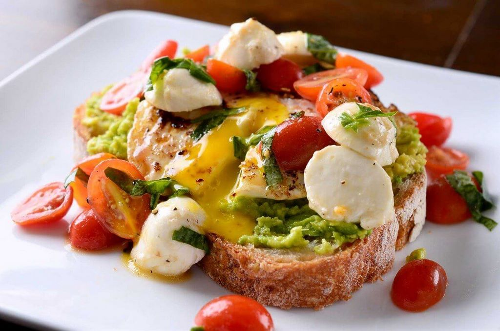 avocado-breakfast-toast