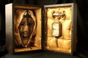Bizarre Discovery of Human Skeletons from the Basement of London House