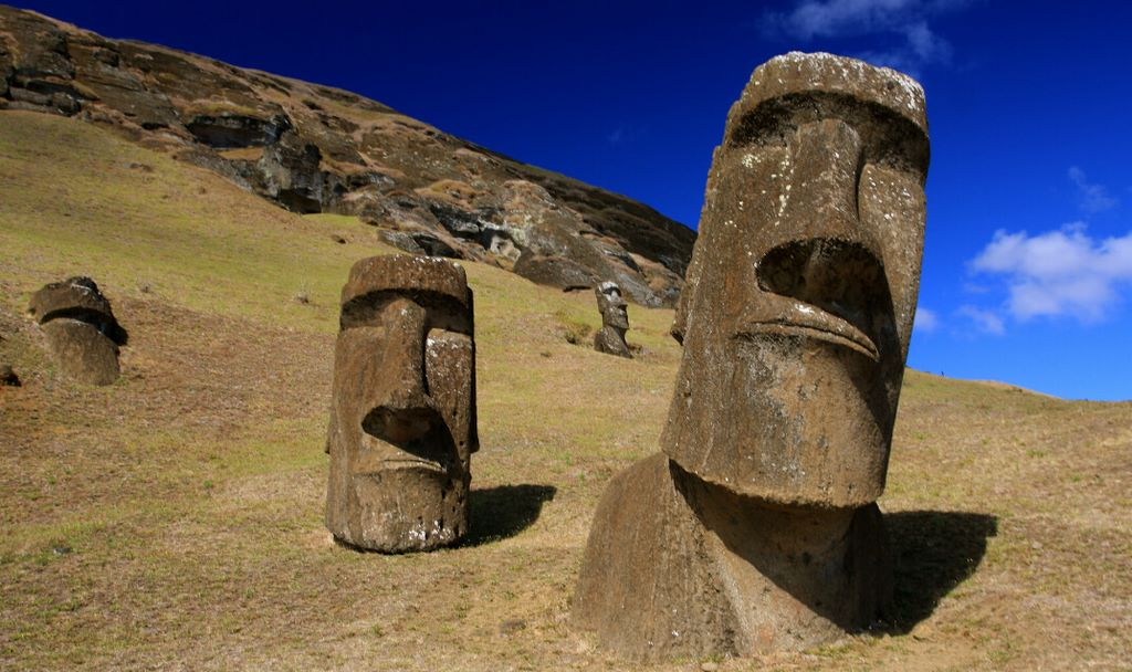 Easter Island's Fate Shows Why Mankind Will Be Extinct Within 100 Years