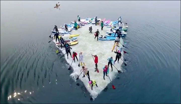 Hijacking An Ice Floe - Sup Surfers Go Extreme In Russia's San Francisco