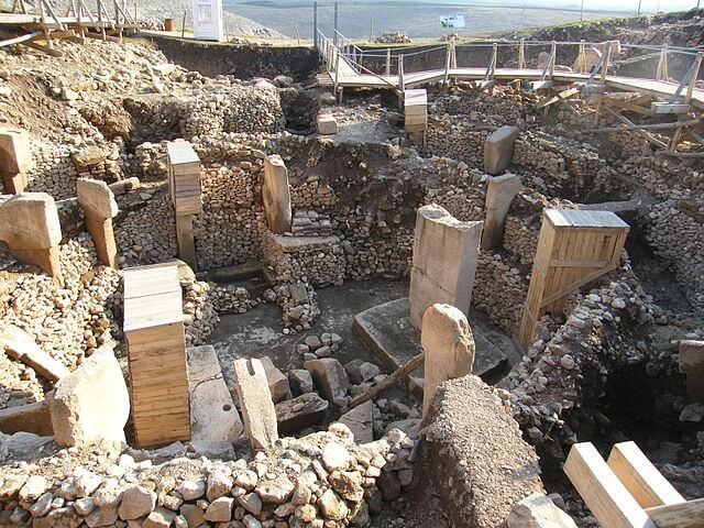 Comet Swarm Of Around 11,000 BC Memorialized At Prehistoric Gobekli Tepe?