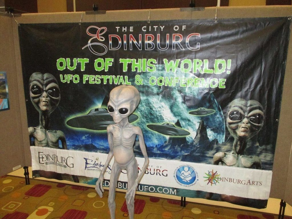 10 Amazing Festivals For UFO And Alien Lovers