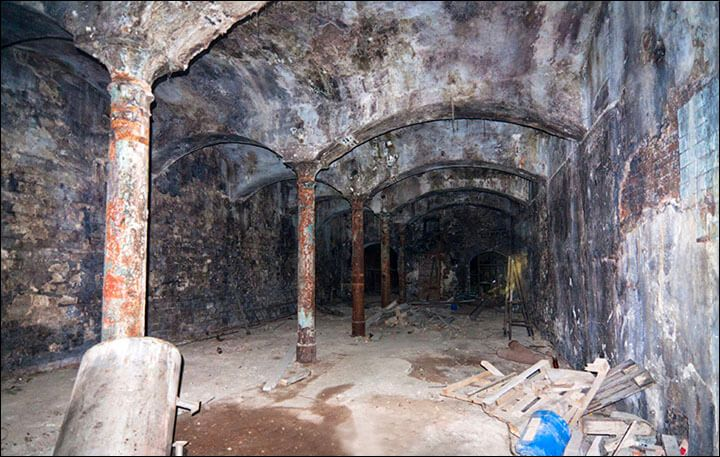 Secret Stash Of Tsar's Gold Worth Billions Found In Old Rail Tunnel Near Lake Baikal