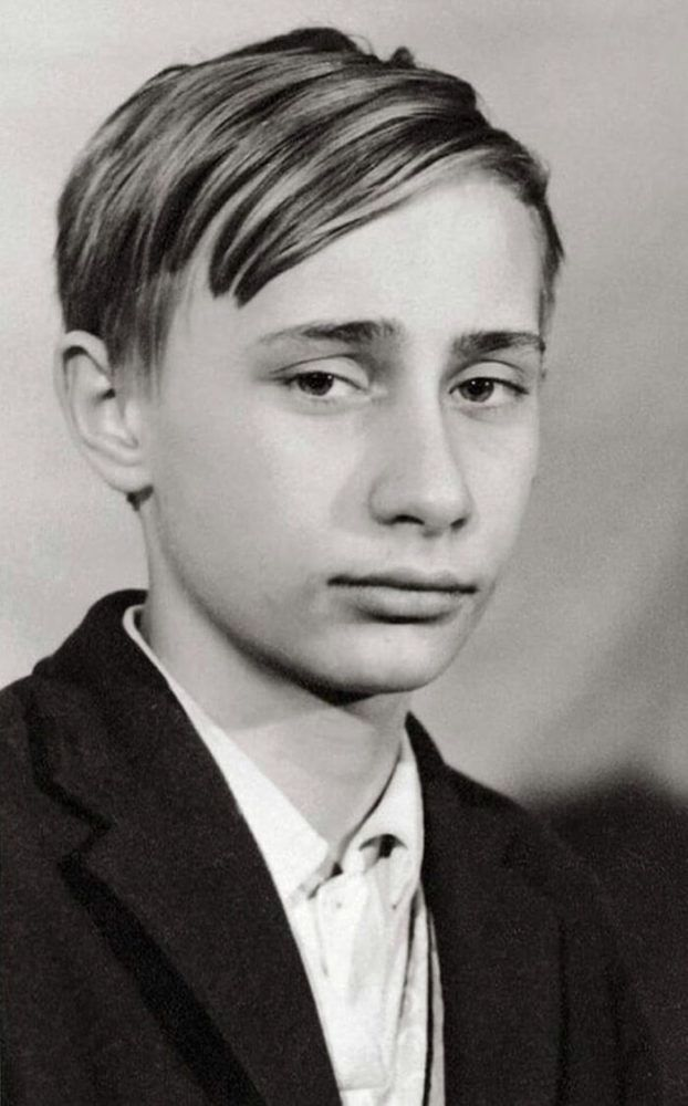 31 Surprising Pictures Of World Leaders In Their Youth