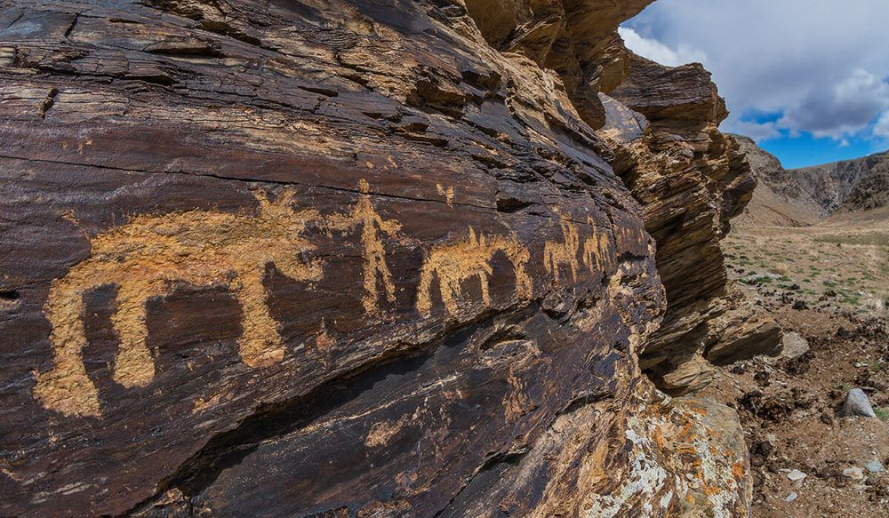 5,000-Year-Old Altai Treasure: Ancient Petroglyphs Carved In Stone