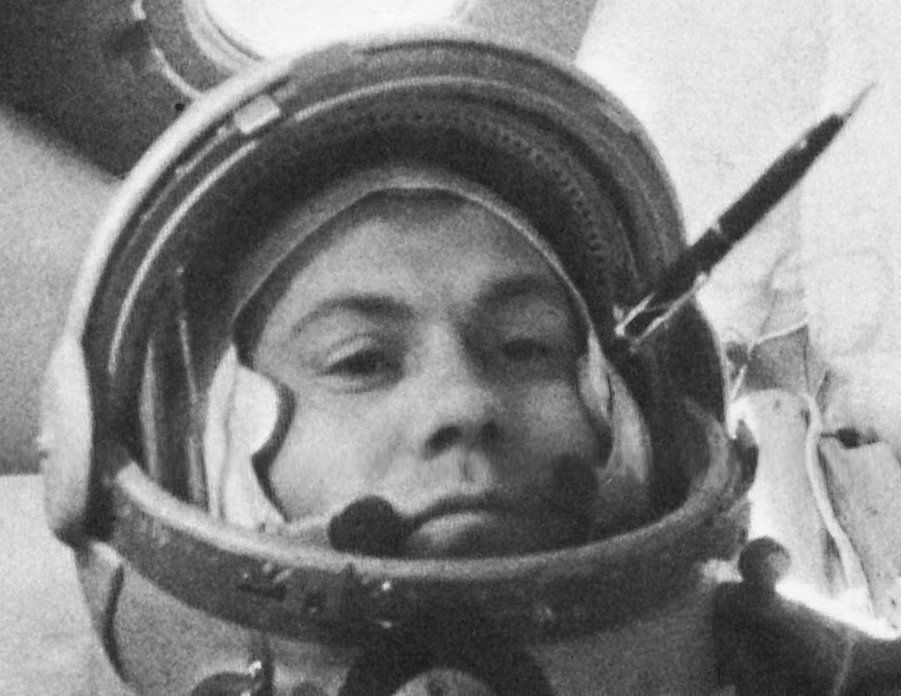 Revelation Of Soviet Cosmonaut: Truth Behind Underwater 'Alien Bases'