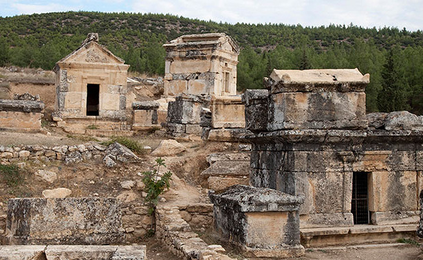 Deadly Mystery Of Turkey's Ancient 'Gate to Hell' Revealed