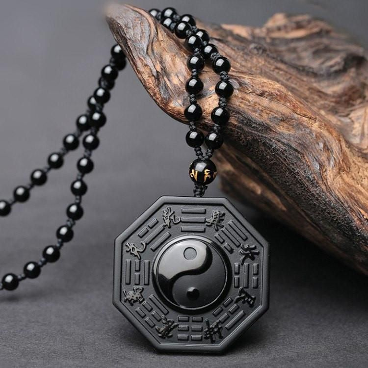 Healing And Protective Power Of Obsidian Pendants